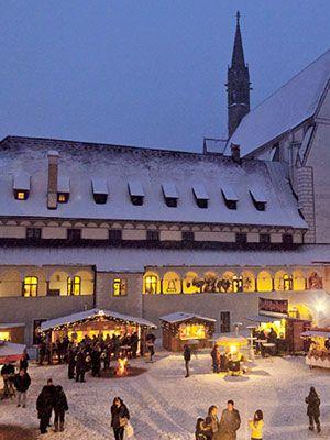 austrian-christmas-market-vacation